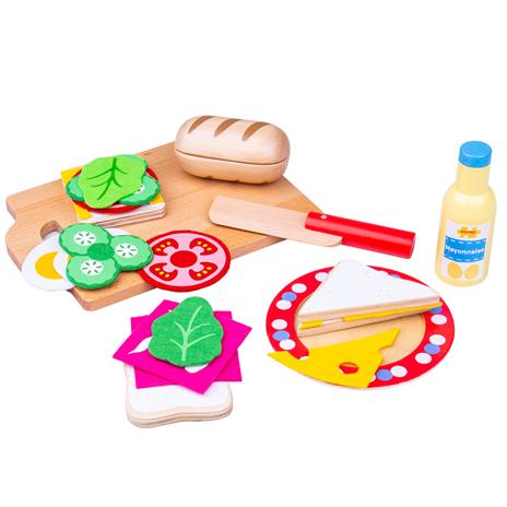 Personalised Wooden Sandwich Set