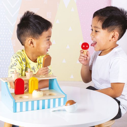 role play wooden ice cream stand